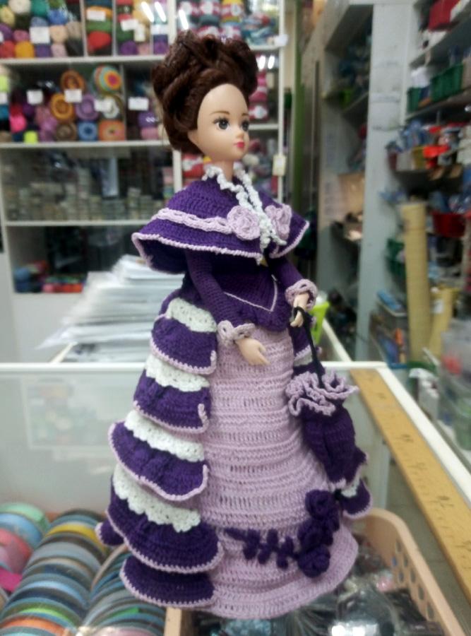 """Дама в платье Мисс Май из серии """"Календарь-93"""". Связано крючком"""